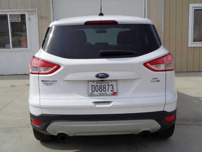 2014 Ford Escape, $12595. Photo 4
